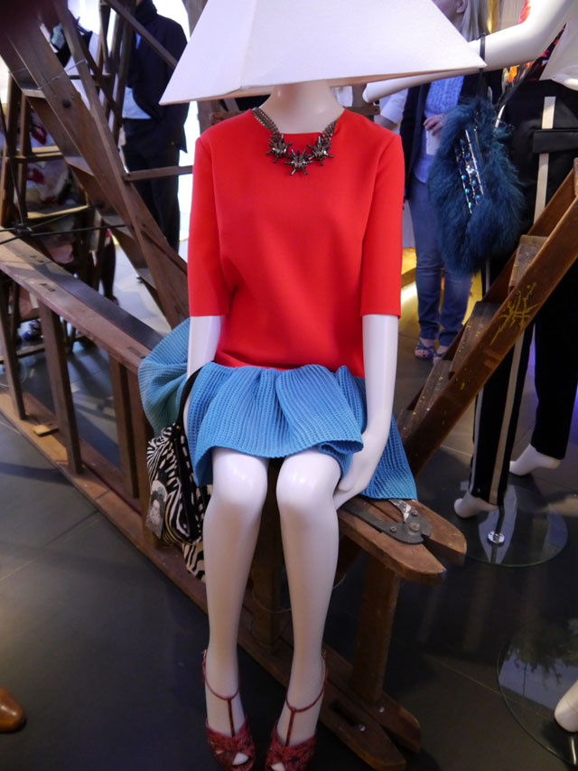 designers like michael kors jc30  Bicester Village is already a must-go, with super brands like Versace,  Gucci and Michael Kors all offering discounts on past season collections  and for the