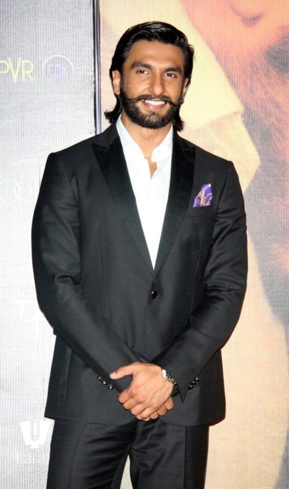 3 Ranveer Singh Etro