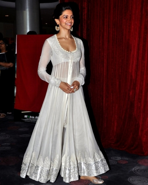 Friday Fives: Deepika Padukone's Chennai Express Promo ... Sabyasachi Anarkali Suits Collection 2013