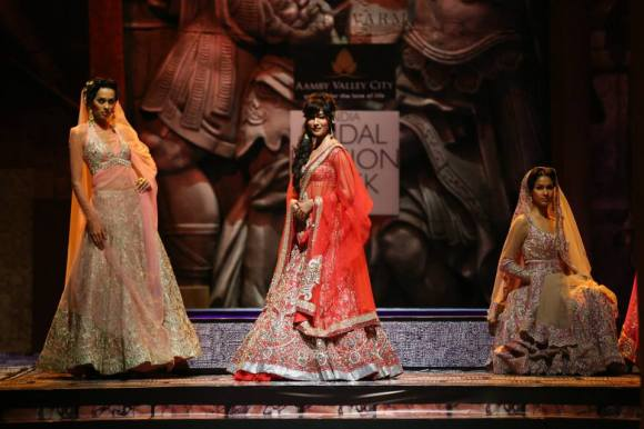 Suneet Varma, India Bridal Fashion week, Aamby Valley, Lengha, choli, sharara, sari, anarkali, salwar kameez, lace, pompeii, roma, bride, groom, wedding, india, reception bridesmaids