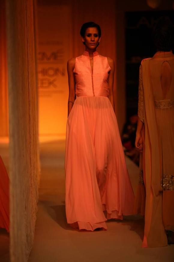 Manish Malhotra, Pink, a/w 13, trend, Vogue India, Blush, Magenta, Rose, Gold, Fashion, Zara,