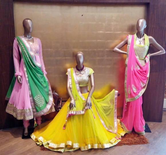 Aza, Mumbai, wedding, Shaadi, sari, lengha, Nikasha