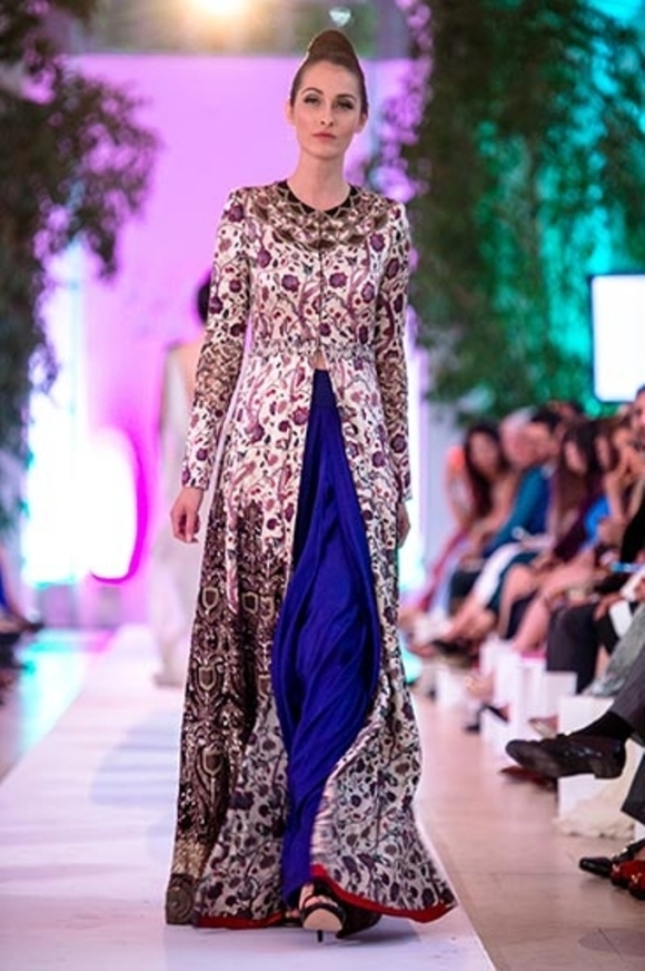 Sadia, Aashni & Co, fashion, Ali Zafar, Pakistan, India, Anamika Khanna, Kensington Palace, Orangery, Fashion Parade