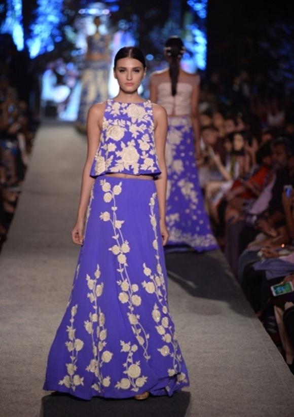 Manish LFW15  blue 6